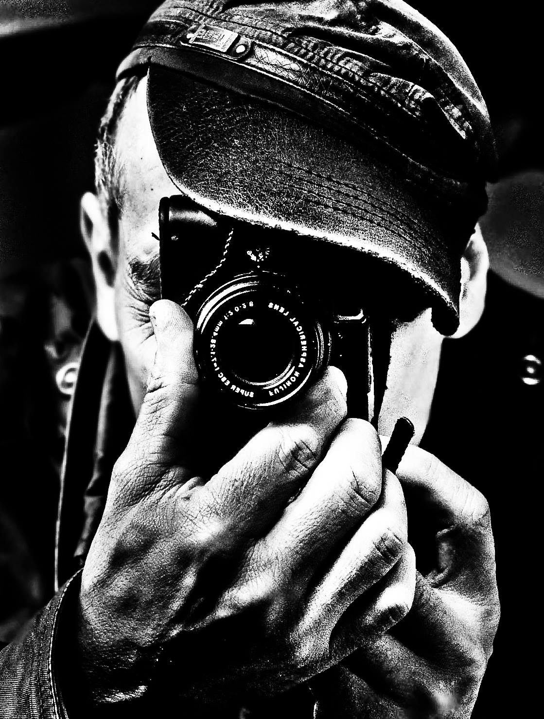 DOUG SANFORD    Doug is an award-winning ex-military combat photographer who's work has been seen in magazines like: Rolling Stone, People, Cosmopolitan, and InStyle Magazine. Doug has shot national ad campaigns fro Boeing, Lockheed Martin, Coca Cola, Hershey's, Discovery, and the World Wild Life Federation.   Often described as evocative, emotional, and edgy, Doug's images blend conceptual and visual elements seamlessly. Whether his work is in stark black and white, or lush saturated color, it is infused with emotion and immediacy. Doug has an artist's true understanding of the medium.   Doug is an Honor's graduate of the prestigious Brooks Institute of Photography in Santa Barbara, CA. Doug has received numerous ADDY and Art Director awards, and was recognized by Parsons School of Design with the World Image Award for Fine Art Photography. His series entitled I. Hate. You., premiered at the distinguished Frasier Gallery to wide critical acclaim.