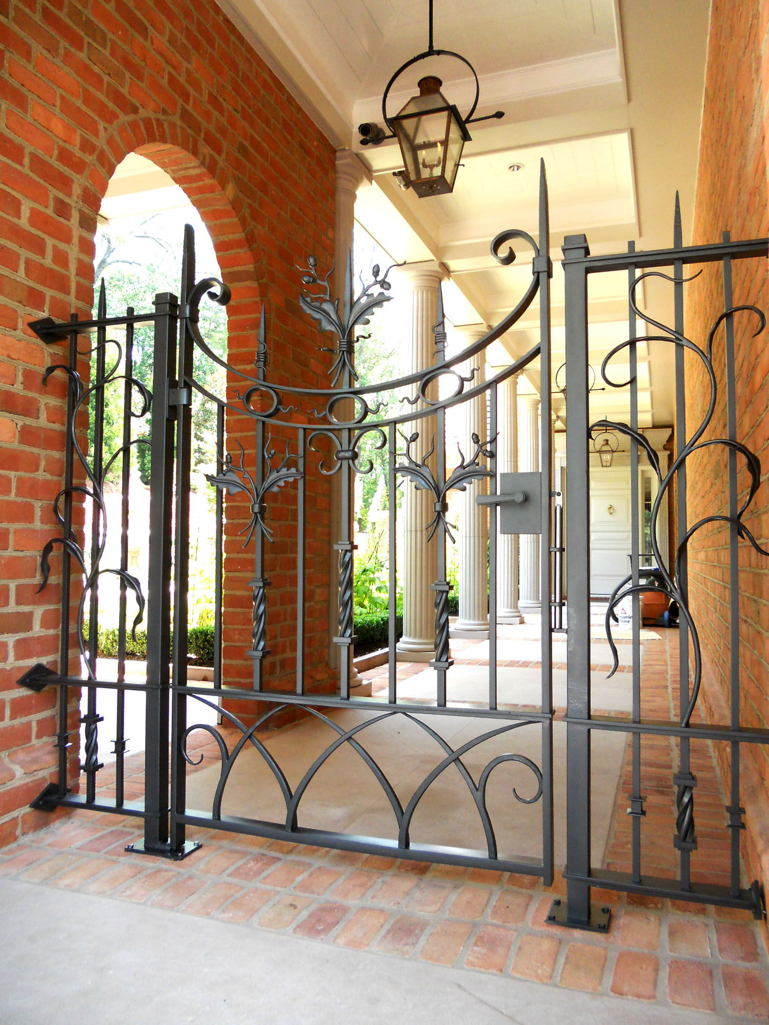 North Buckhead Arched Entry_large.jpg