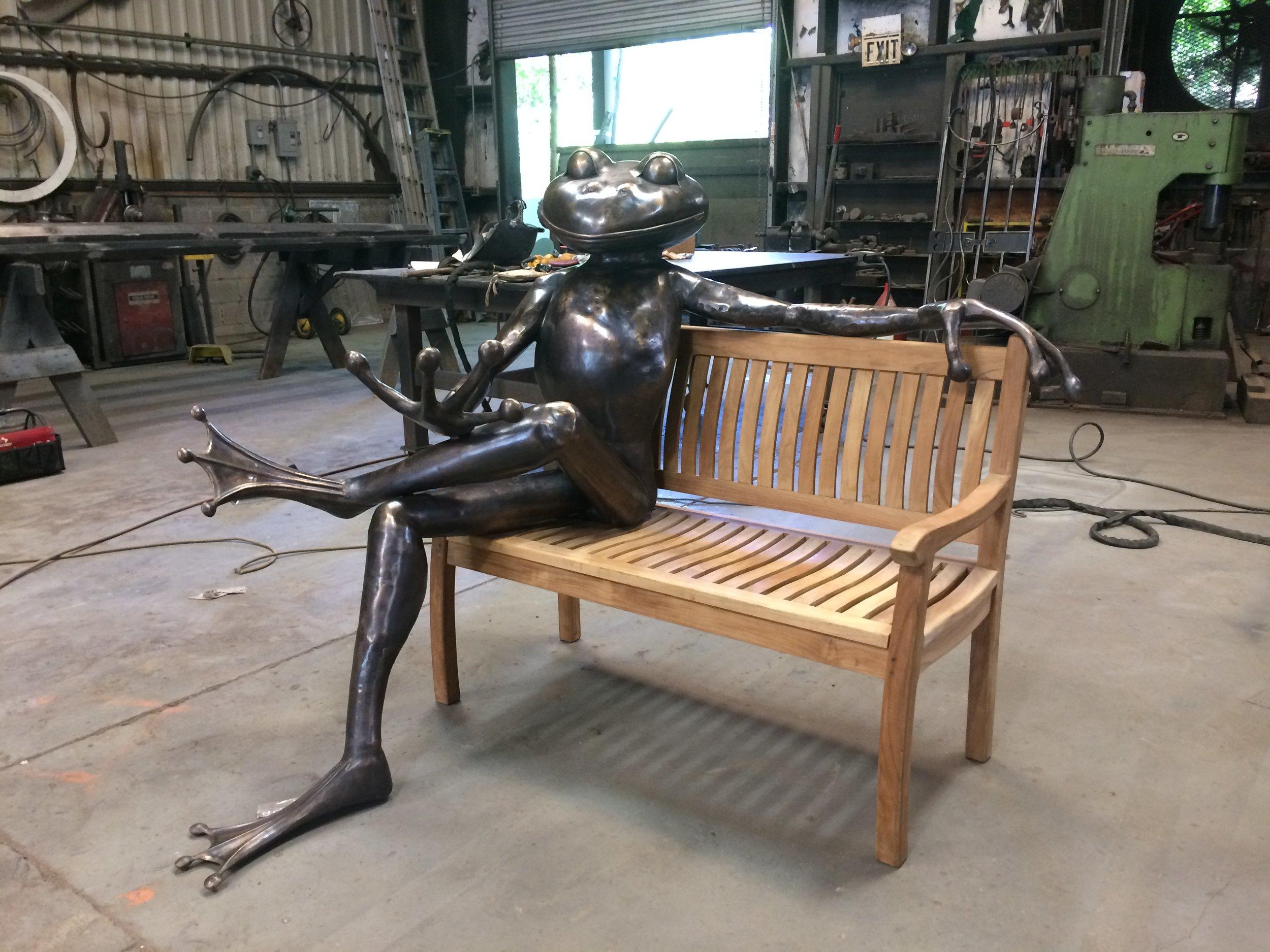 frog in shop 3.JPG