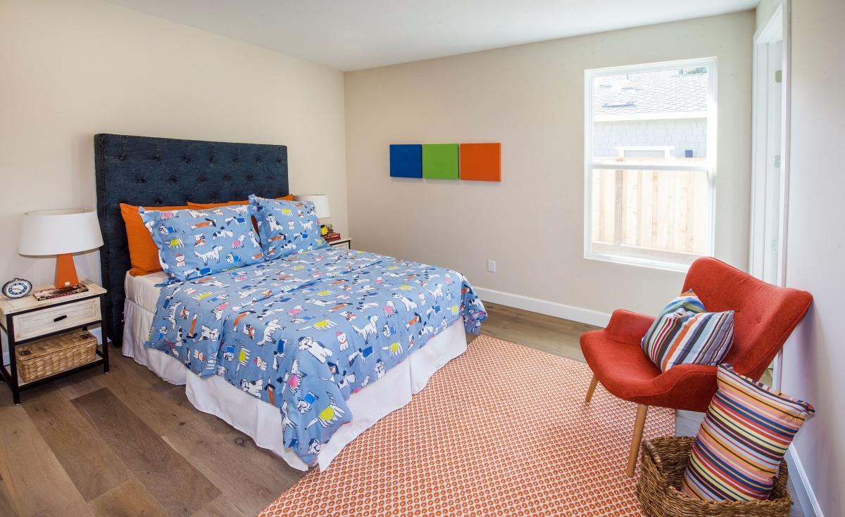 Bedroom_DSC_1669.jpg