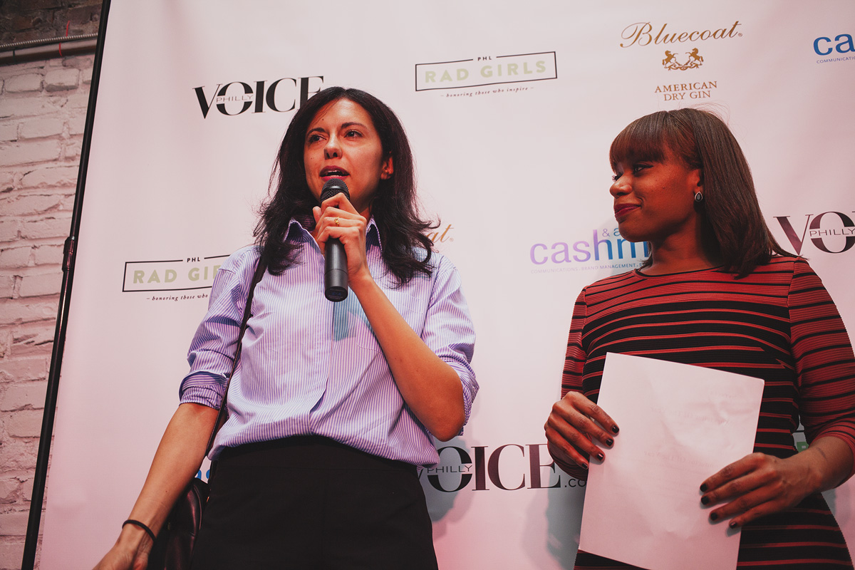 Heidi Saman accepts the Storyteller of The Year award.  April 18. 2015. The Dreaming Building. Chris Fascenelli/Rad-Girls.com.