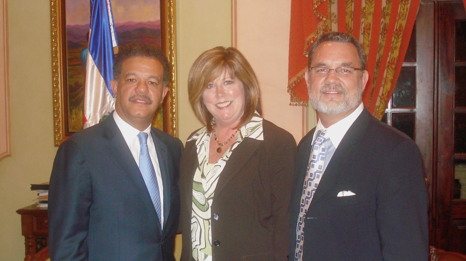 Kurt and Debi Holthus with former Presidente' Leonel Fernandez in the Presidential Palace.