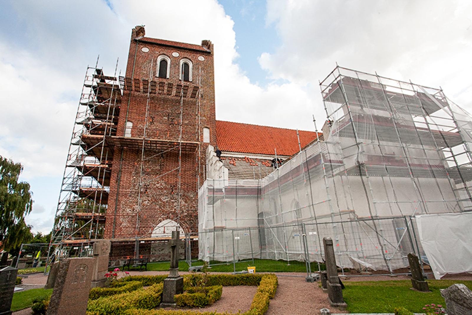 Mariakyrkan, tak- och fasadrenovering