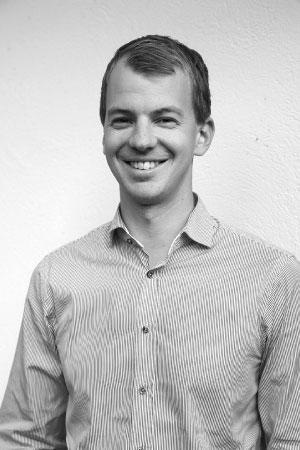 Simon Gunnarsson  Projektledare  0762 - 33 30 22  MAIL