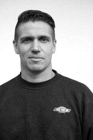 Fredrik Larsson   Servicemontör  0707 - 87 00 10