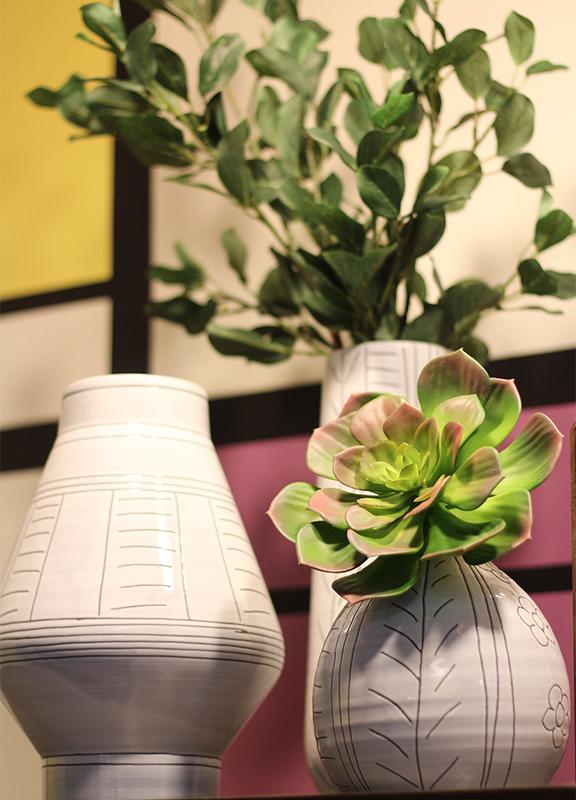 visualmerchandising-LAMART-modrian-midcenturymodern-home-market02.jpg
