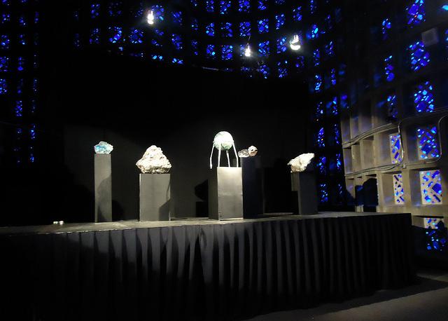 fabrication-meteorites-setdesign-NYC-01.jpg