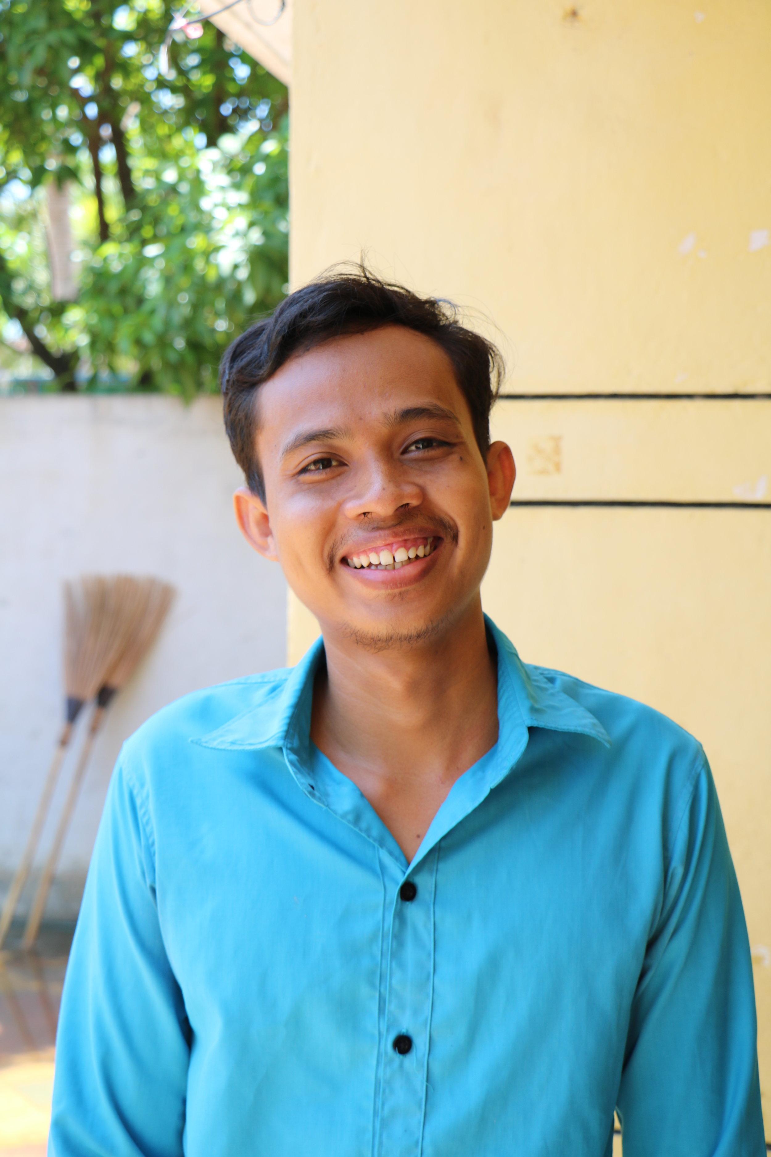 Teacher Samnieng