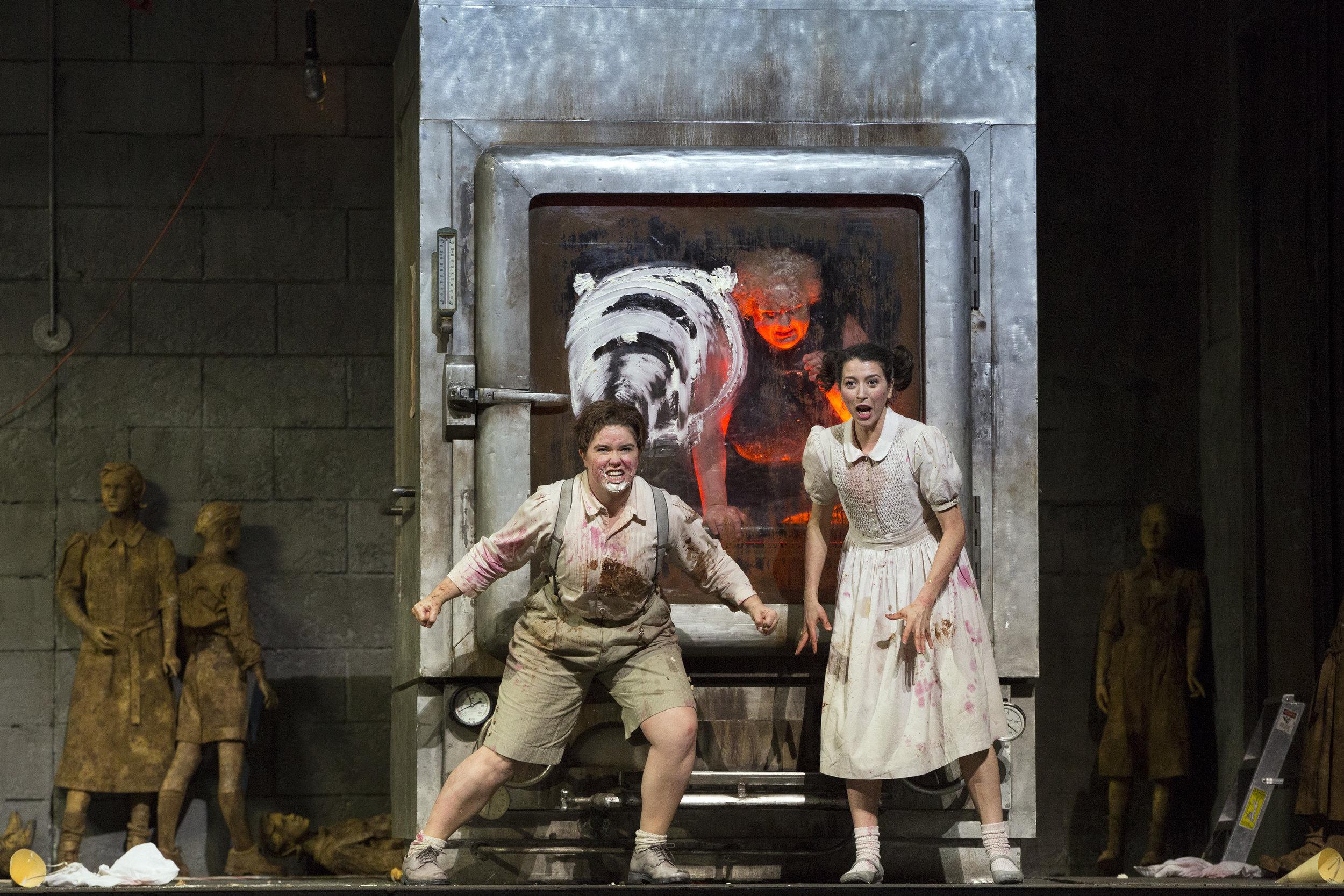 Lisette Oropesa and Tara Erraught in  Hansel and Gretel . Photo: Marty Sohl / Metropolitan Opera