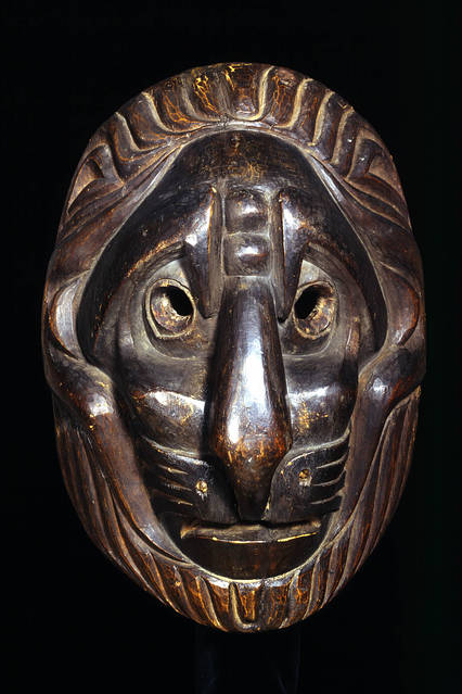 Lion-type mask by an unknown Kwakwaka'wakw (1820) PHOTO: ©TRUSTEES OF THE BRITISH MUSEUM