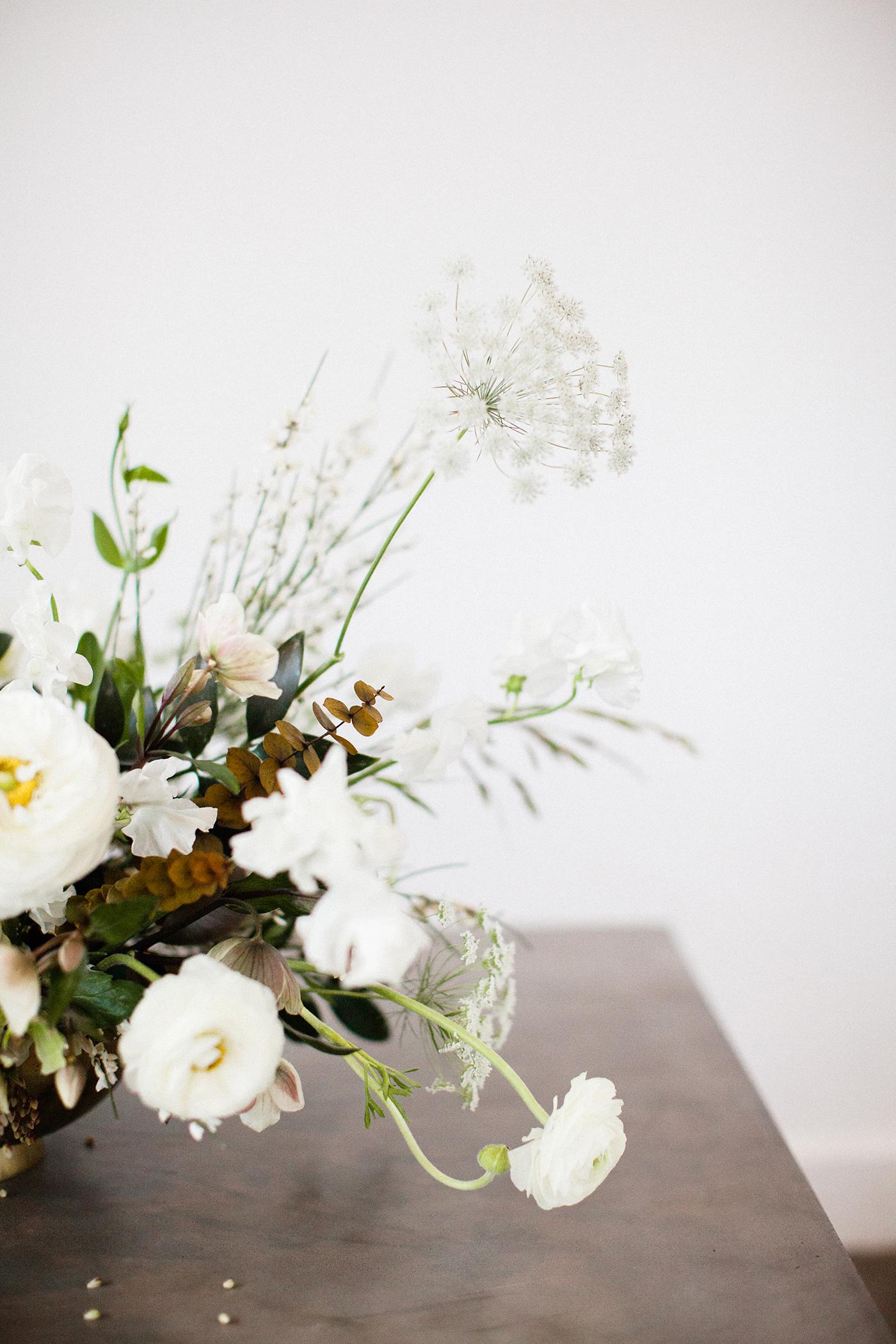 Wedding Floral Design Dallas - Olive Grove Design - Mimimalist Fall Wedding - 00018.jpg