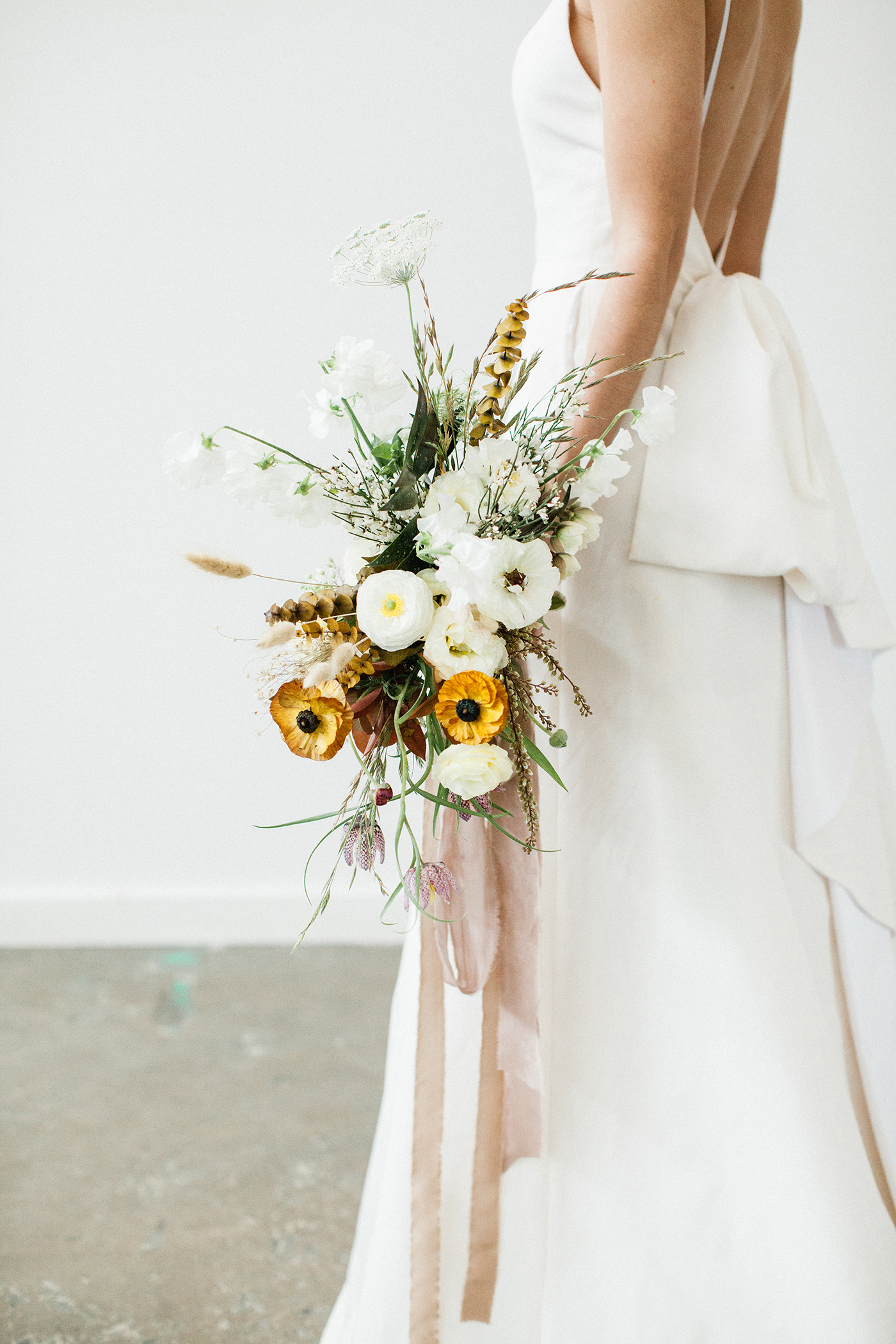 Wedding Floral Design Dallas - Olive Grove Design - Mimimalist Fall Wedding - 00062.jpg
