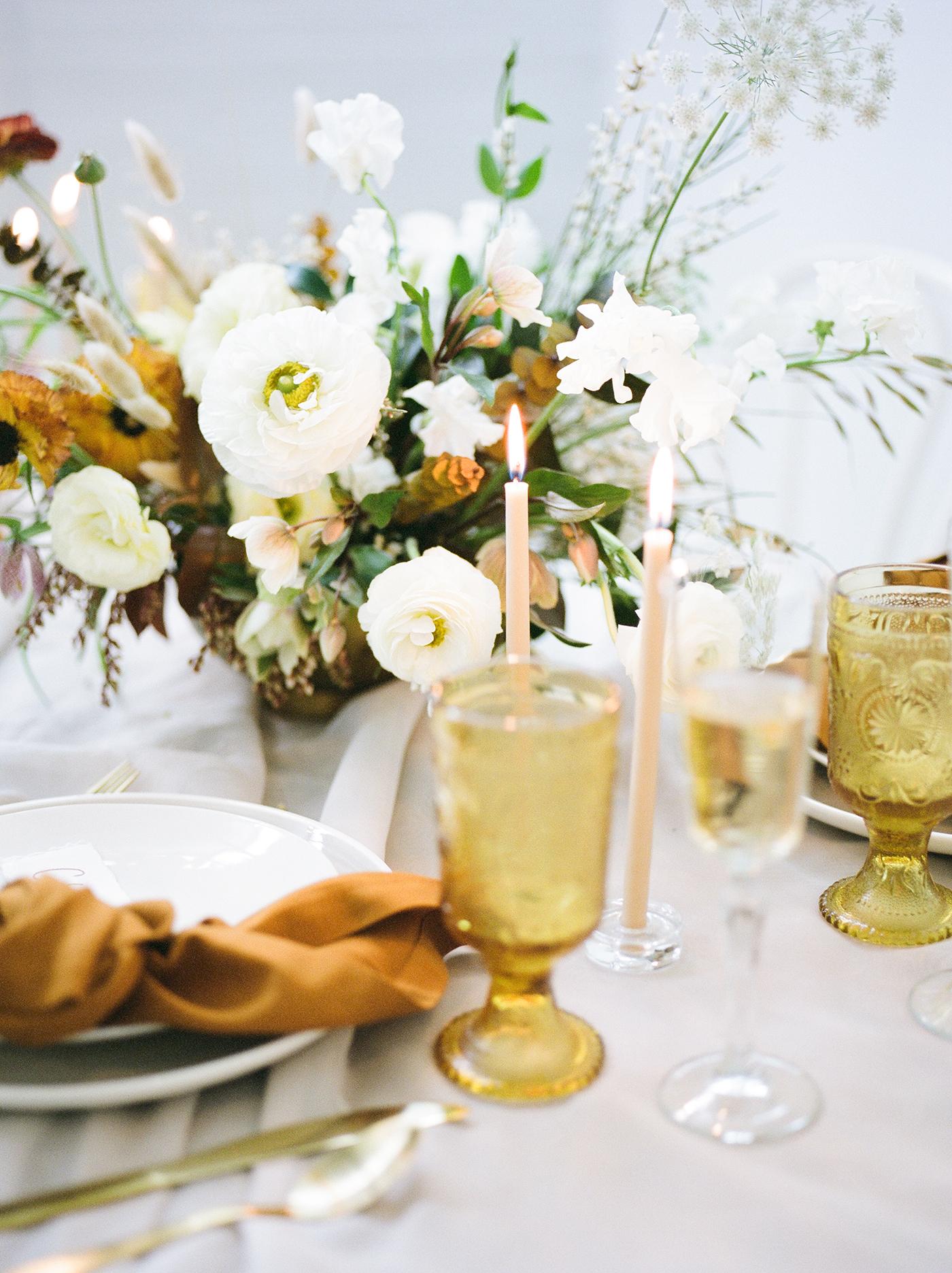 Wedding Floral Design Dallas - Olive Grove Design - Mimimalist Fall Wedding - 00158.jpg