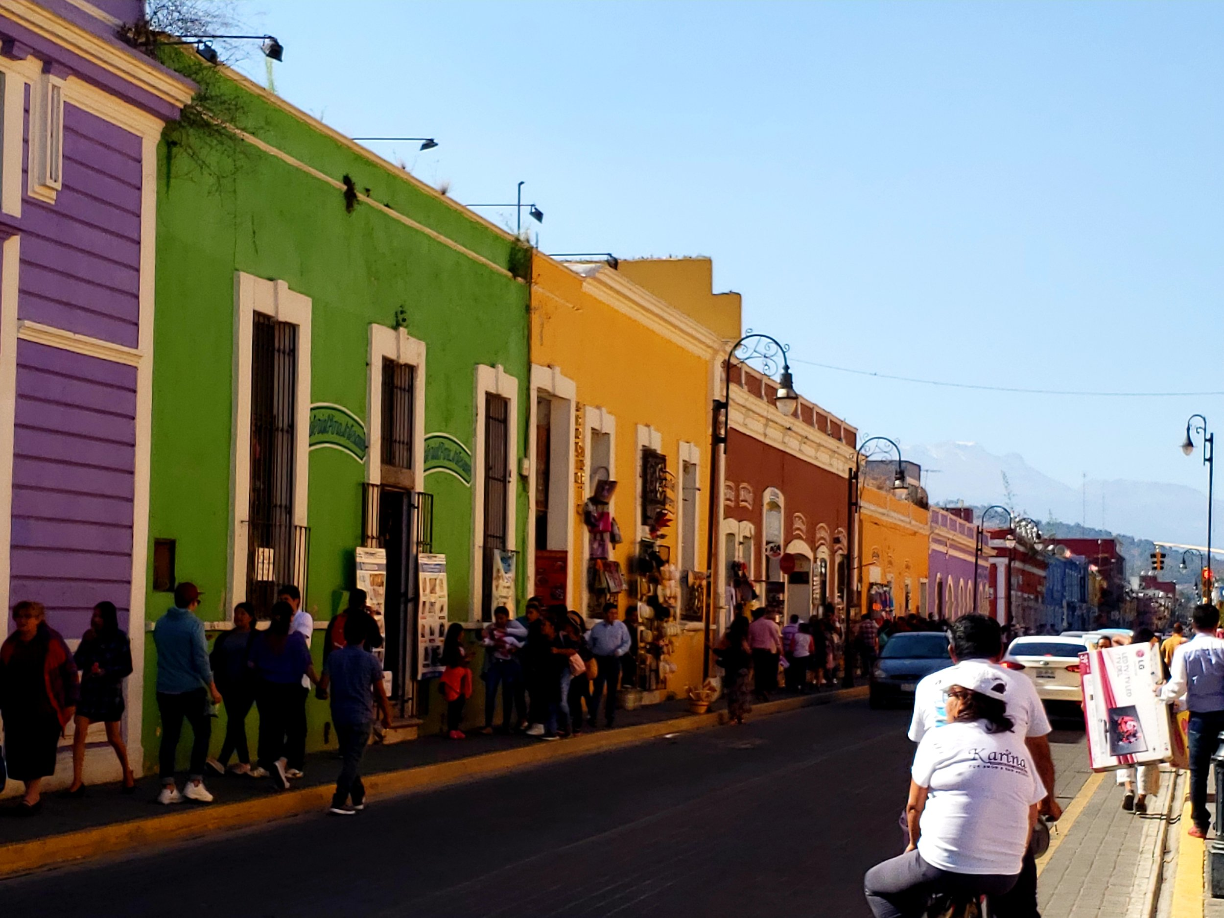 Street scene in Cholula