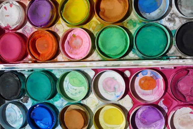 paint-958689_640.jpg