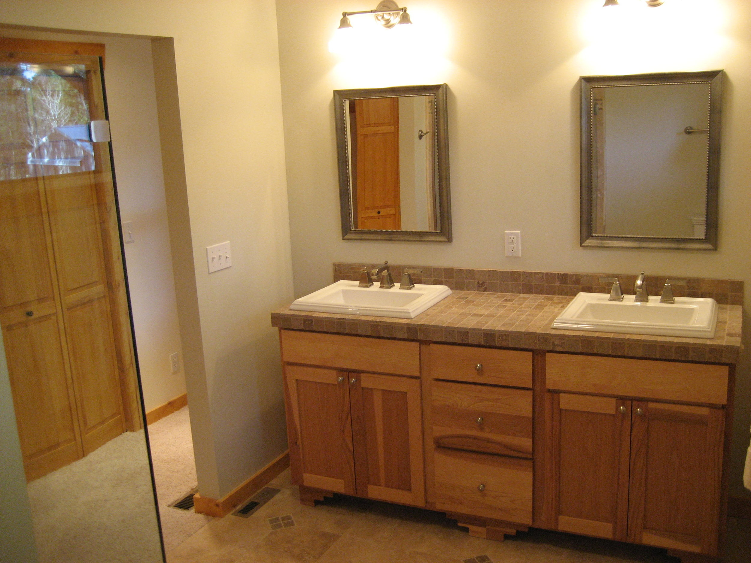 Master Bathroom (2).jpeg