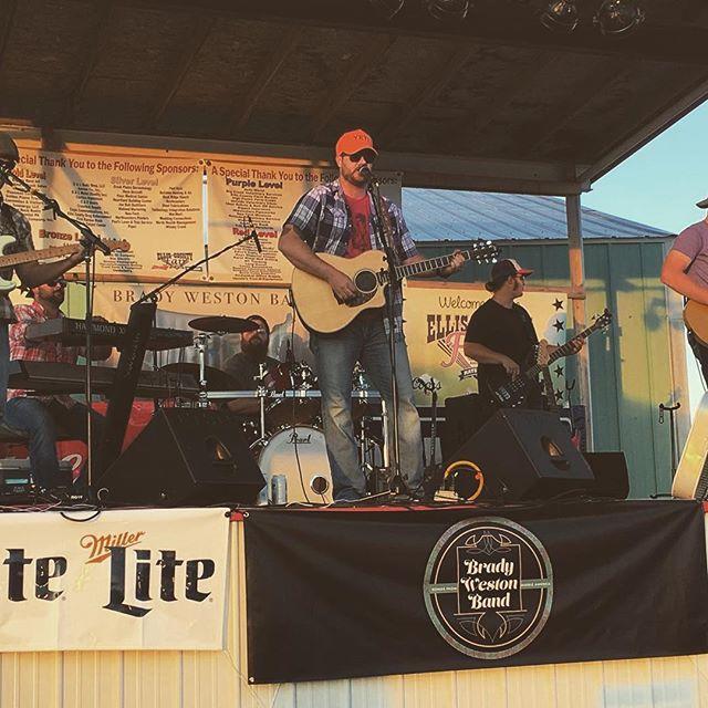 Ellis County action. Keep an eye for #haysamerica  #countrymusic #reddirt #kansas
