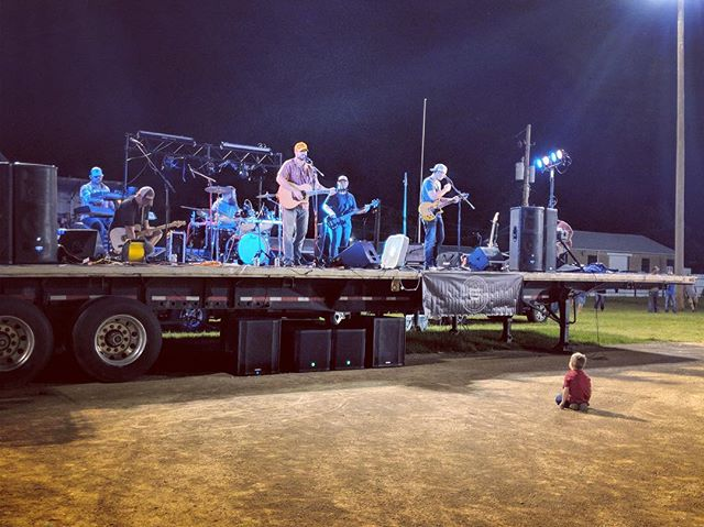 Sometimes the smallest of people are your BIGGEST fans! Thank you Lincoln County Fair and all that could help make Friday an awesome evening!  #countrymusic #reddirt #ks #countyfair #americana
