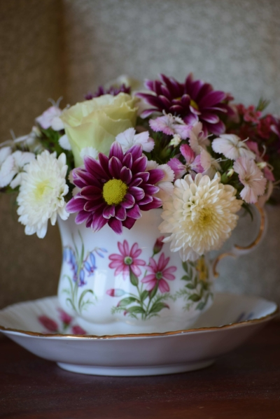 Teacup-with-flowers