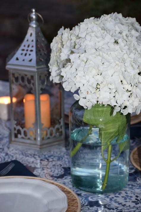white-hydrangea-vase.JPG