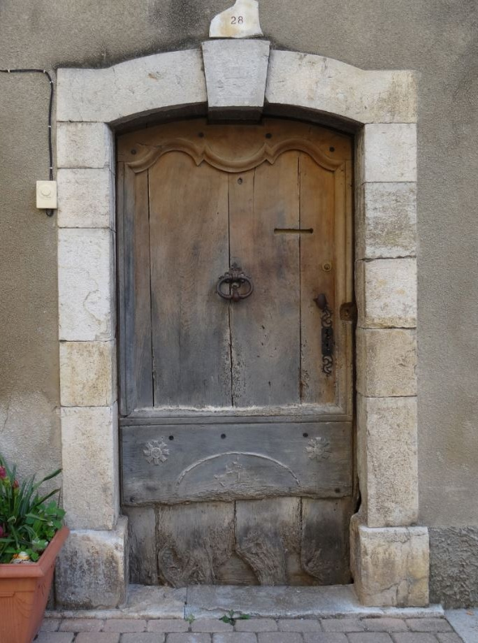 Here you even see the limestone being used as a door surround.
