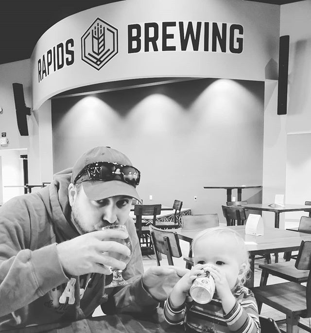 Just a couple-a guys enjoying a cider. We 💙 dad's day off!