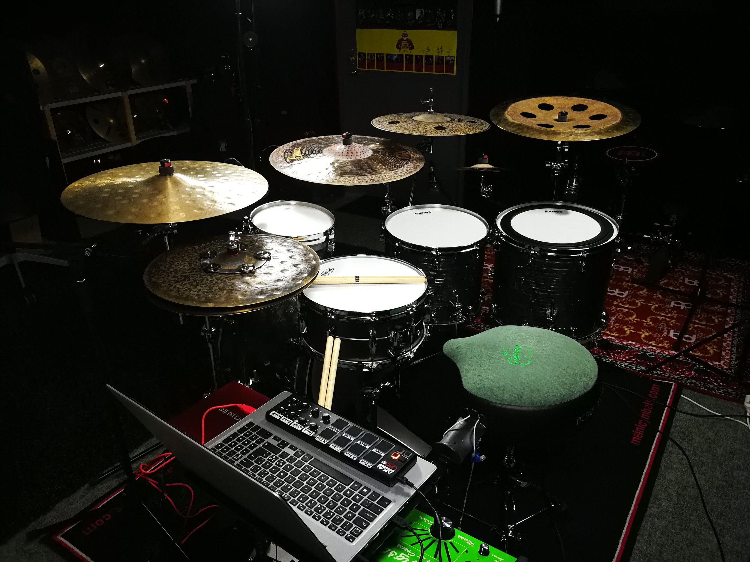 Tama Starclassic Walnut/Birch kit in Charcoal Onyx finish, with a 14x6.5 Tama Metalworks Steel snare drum.