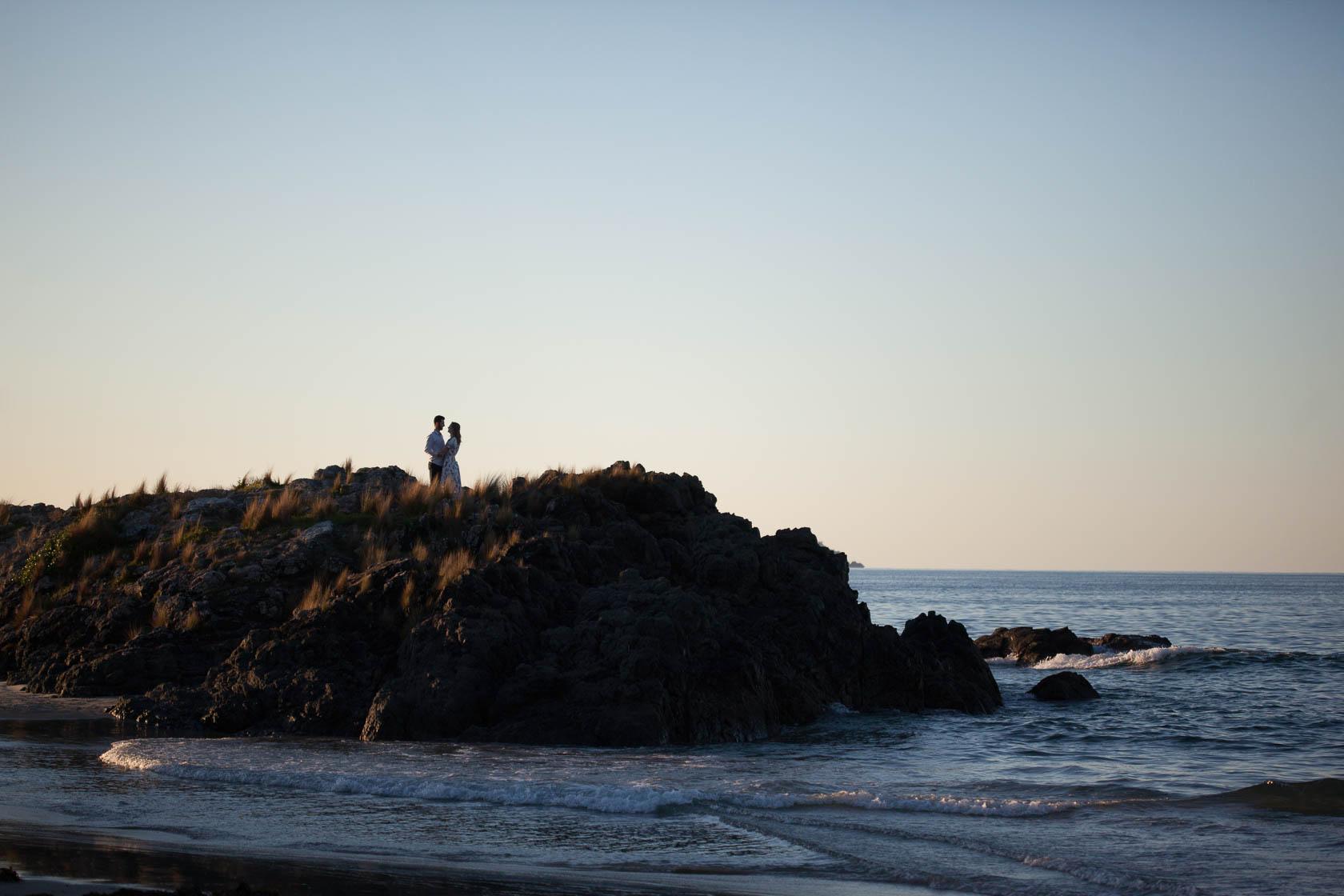 Tawharanui-Beach-Engagement-Shoot1141.jpg