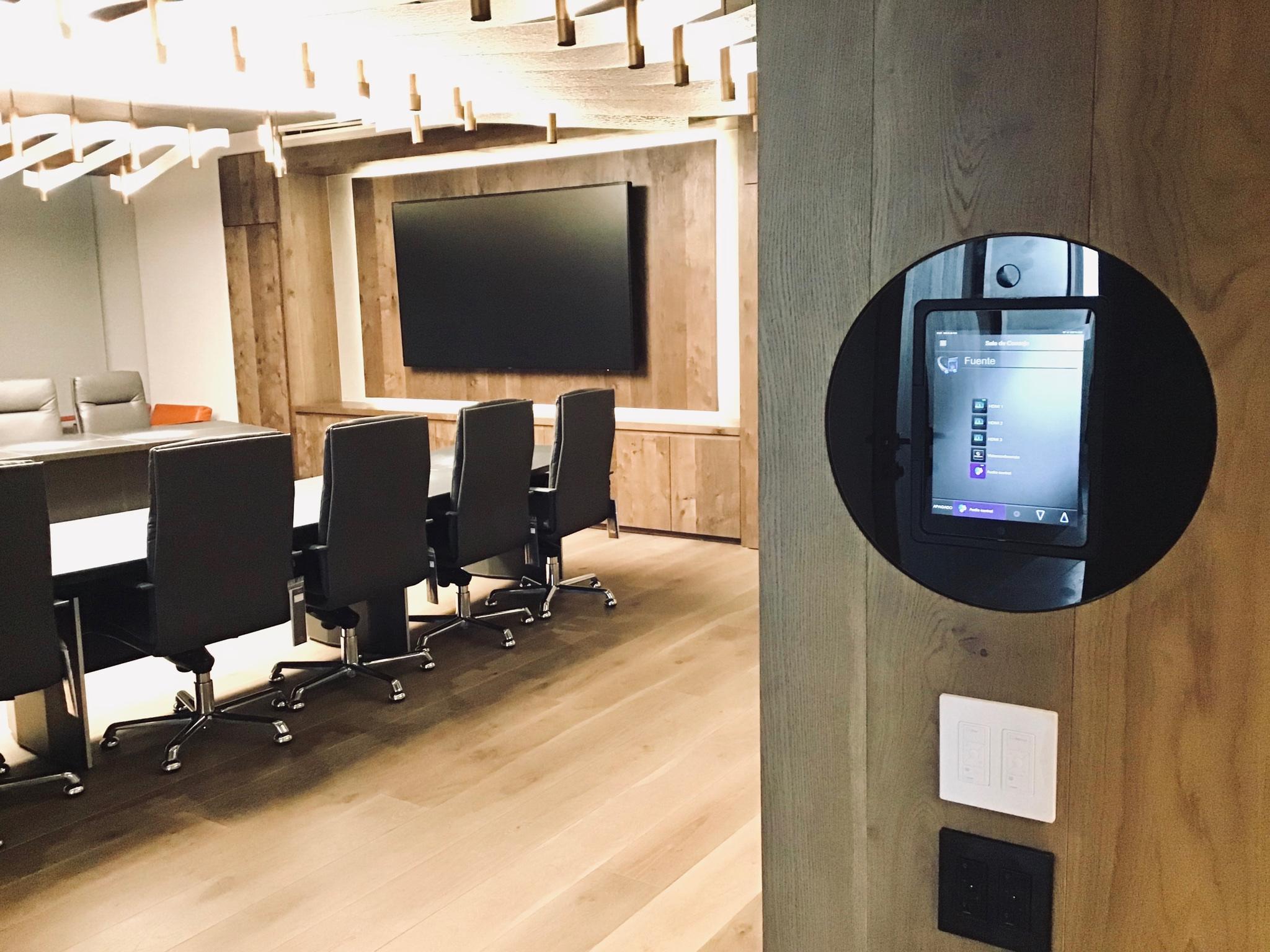 Loop Boardroom