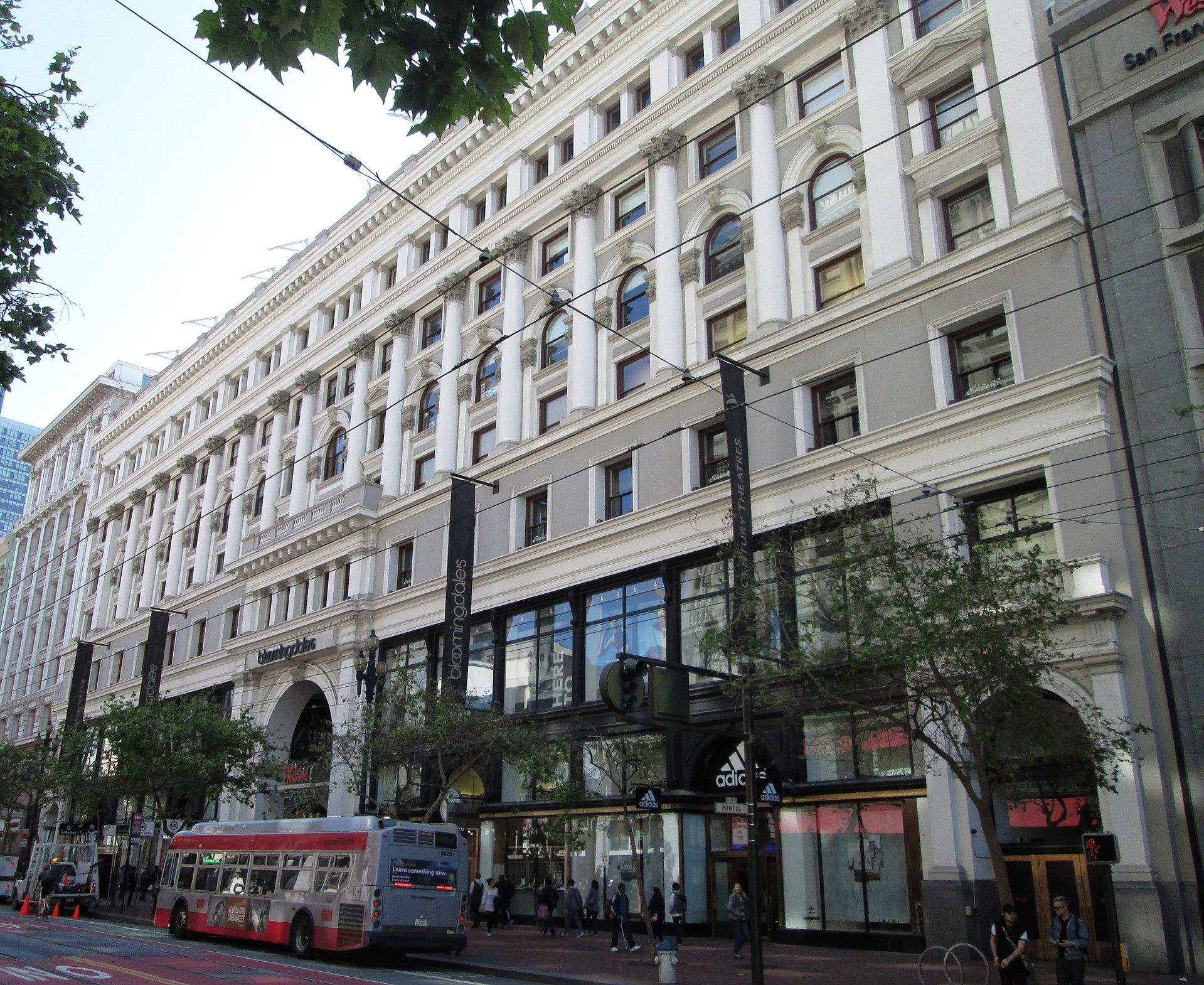 1920px-Westfield_San_Francisco_Centre_845_Market_Street.jpg