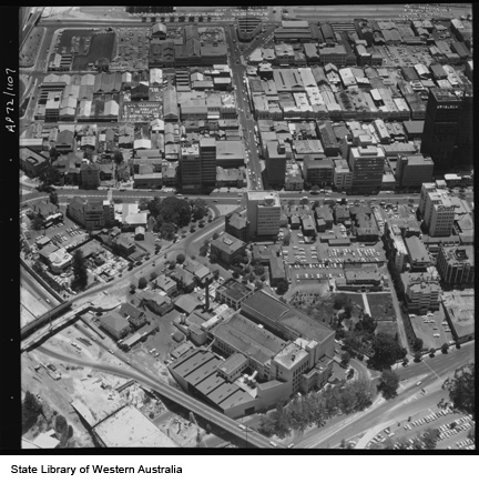 Aerial view of Emu Brewery, 1972