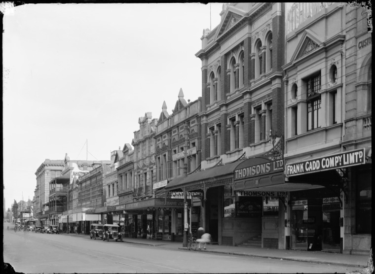 Murray Street, 1927. Perth City Council Chambers 2nd from right.