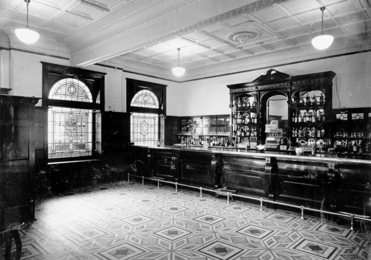 Esplanade Hotel Bar, ca. 1940's