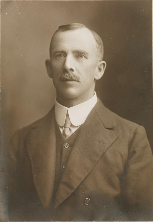 JJ Talbot Hobbs, 1910