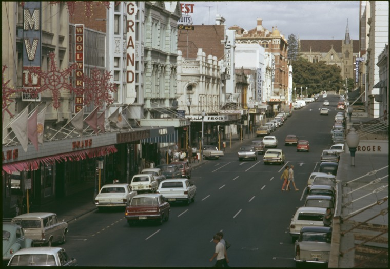 Murray Street, 1971. Empire Building 4th from left.