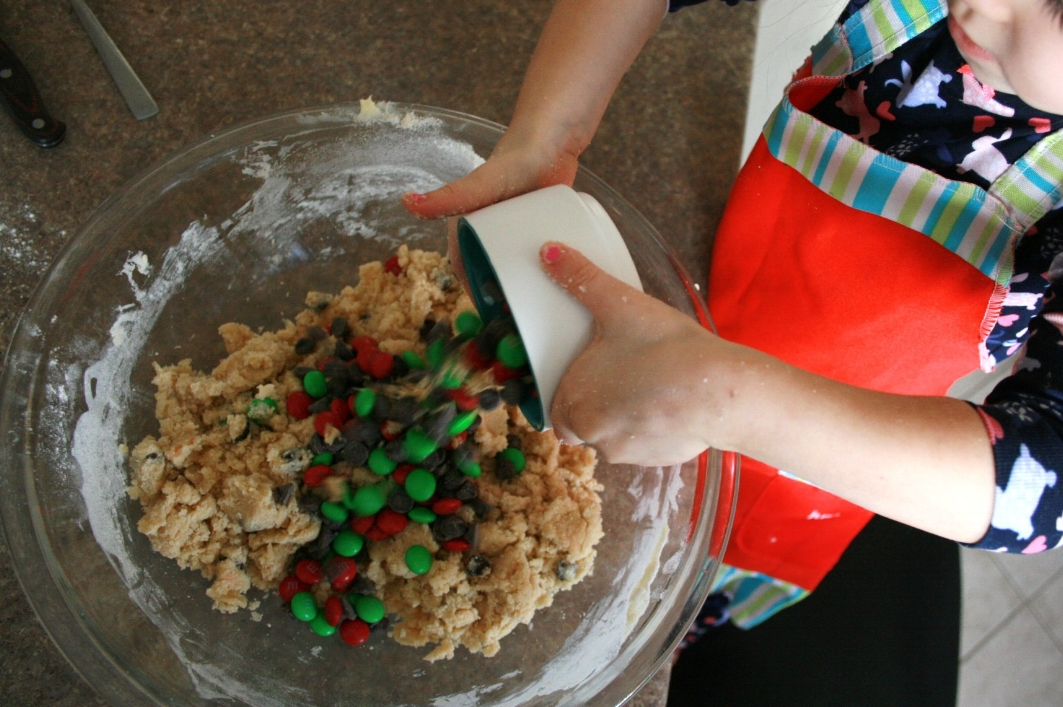 Baking Christmas cookies with kids is fun and easy with gourmet baking mixes from Bake!