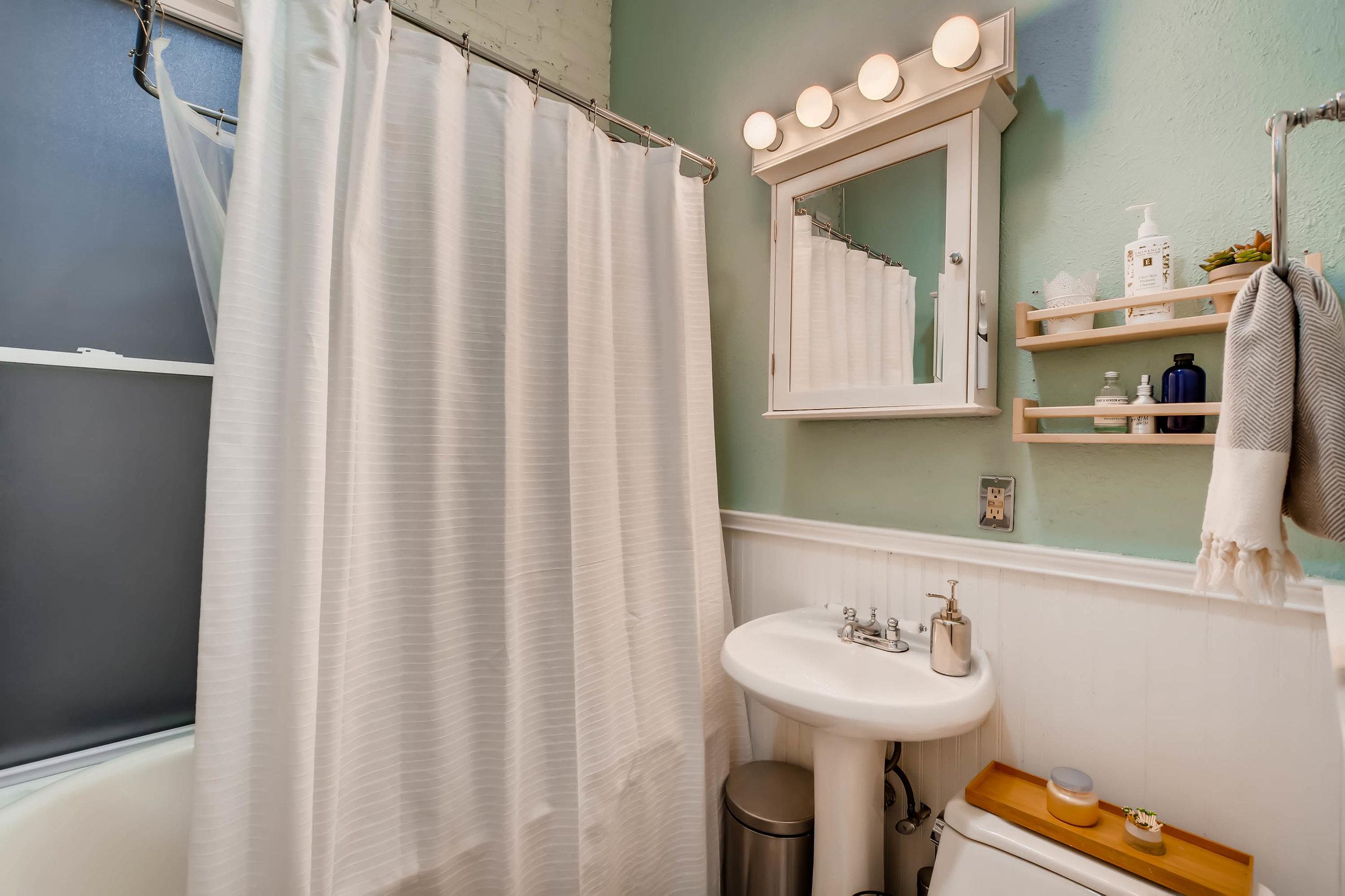 3131 California St Denver CO-print-016-26-Master Bathroom-3000x1999-300dpi (1).jpg