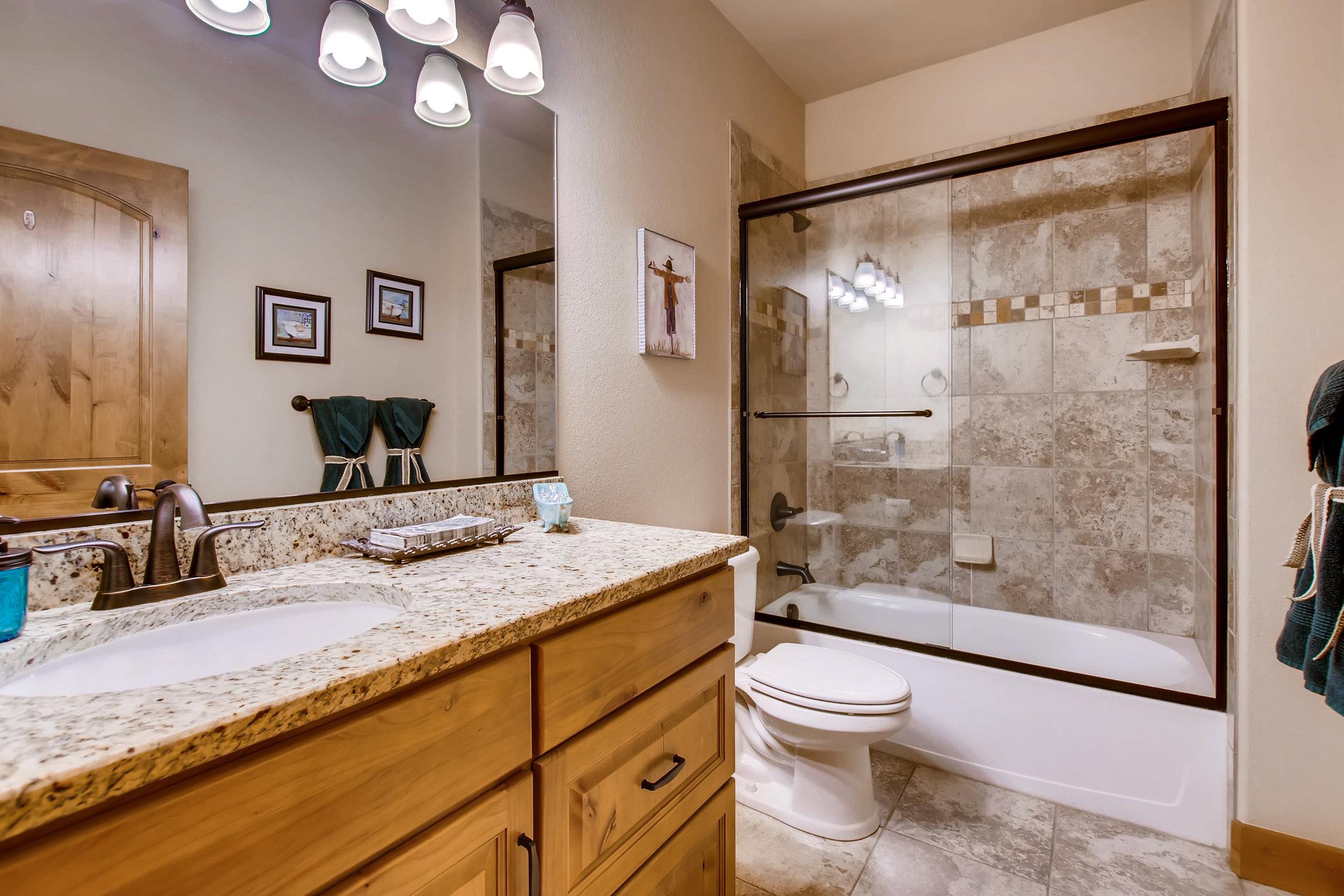 4749 Tarragon Dr Johnstown CO-print-021-17-Bathroom-3600x2400-300dpi.jpg