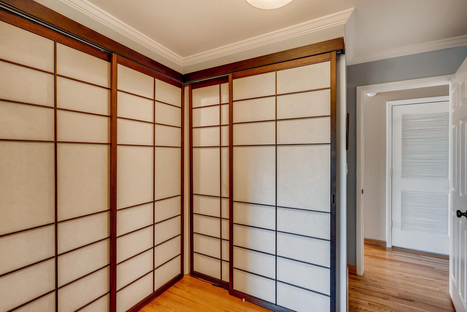 22046 Panorama Dr Golden CO-large-018-39-Master Bedroom Closet-1499x1000-72dpi.jpg