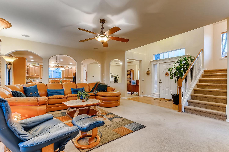 6083 S Millbrook Ct Aurora CO-large-004-003-Living Room-1500x997-72dpi.jpg