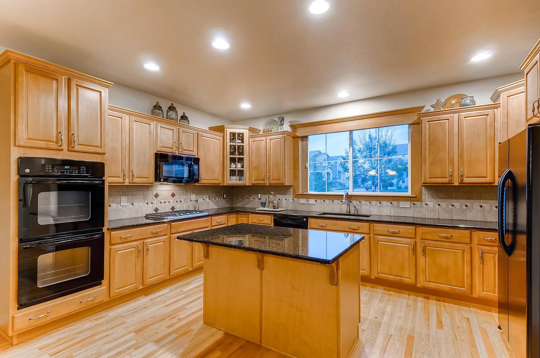 6083 S Millbrook Ct Aurora CO-large-010-012-Kitchen-1500x997-72dpi.jpg