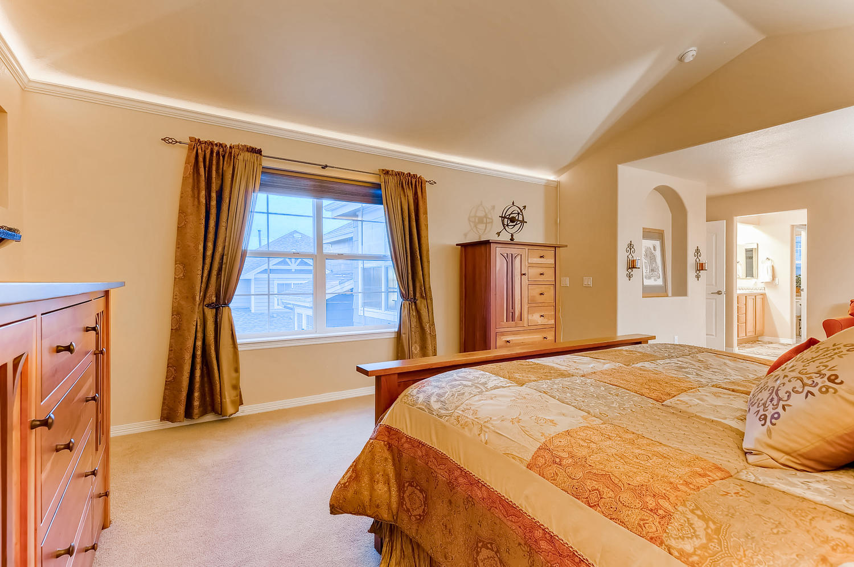6083 S Millbrook Ct Aurora CO-large-016-014-2nd Floor Master Bedroom-1500x997-72dpi.jpg
