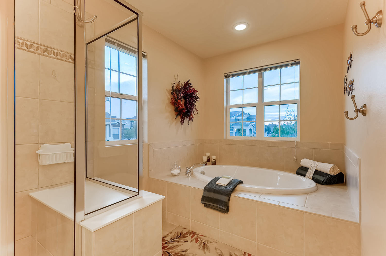 6083 S Millbrook Ct Aurora CO-large-019-019-2nd Floor Master Bathroom-1500x997-72dpi.jpg