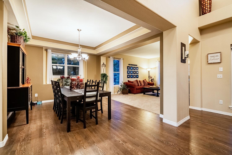 2407 Elkhorn Ranch St Parker-large-015-048-Dining Room-1500x1000-72dpi.jpg