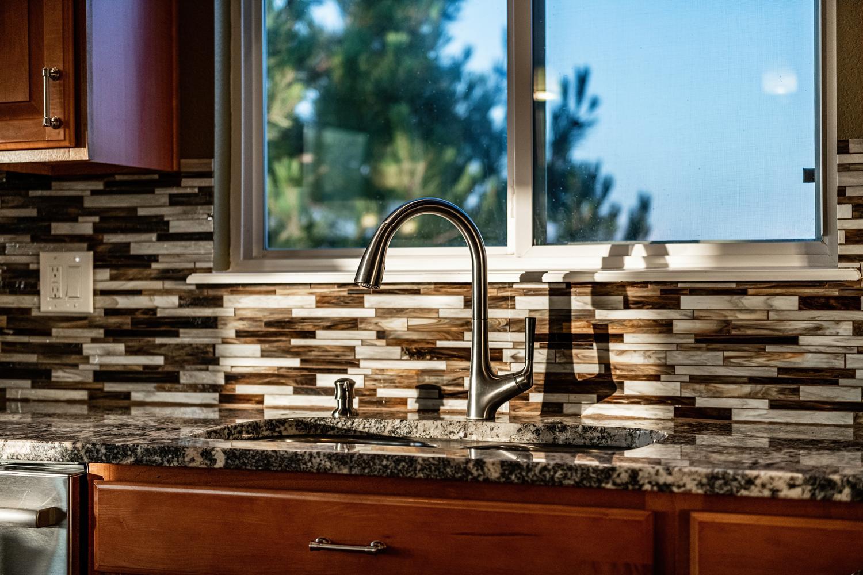 2407 Elkhorn Ranch St Parker-large-017-014-Kitchen Detail-1500x1000-72dpi.jpg