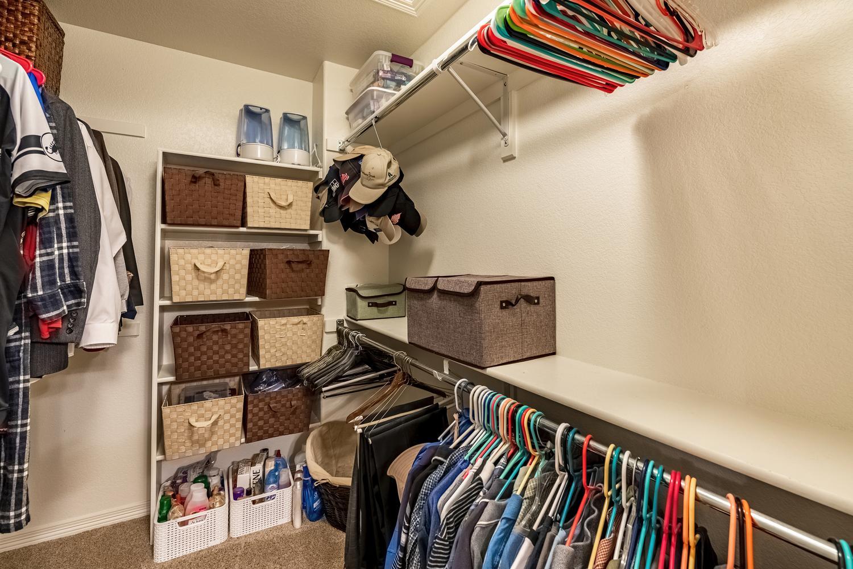 2407 Elkhorn Ranch St Parker-large-039-050-2nd Floor Master Bedroom-1500x1000-72dpi.jpg