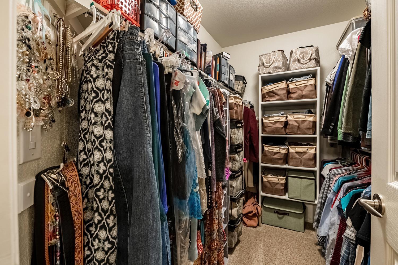 2407 Elkhorn Ranch St Parker-large-040-056-2nd Floor Master Bedroom-1500x1000-72dpi.jpg