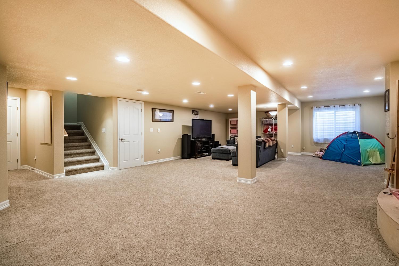 2407 Elkhorn Ranch St Parker-large-046-030-Lower Level Recreation Room-1500x1000-72dpi.jpg