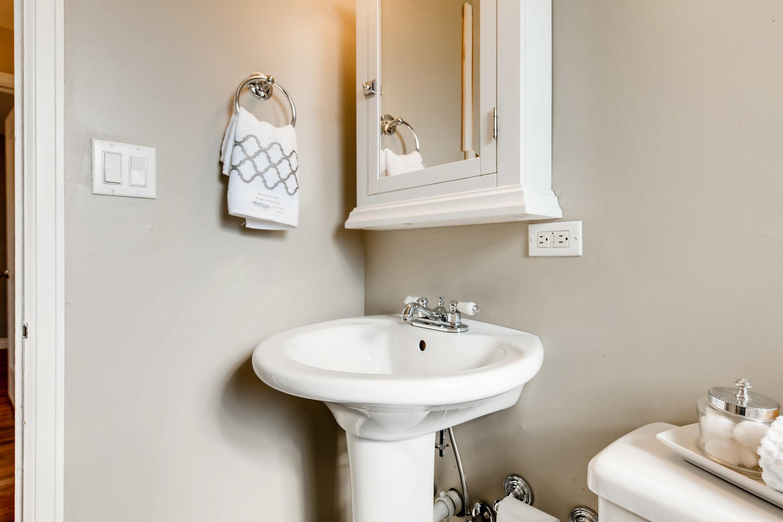 3635 Josephine St Denver CO-print-020-020-Bathroom-3600x2400-300dpi.jpg