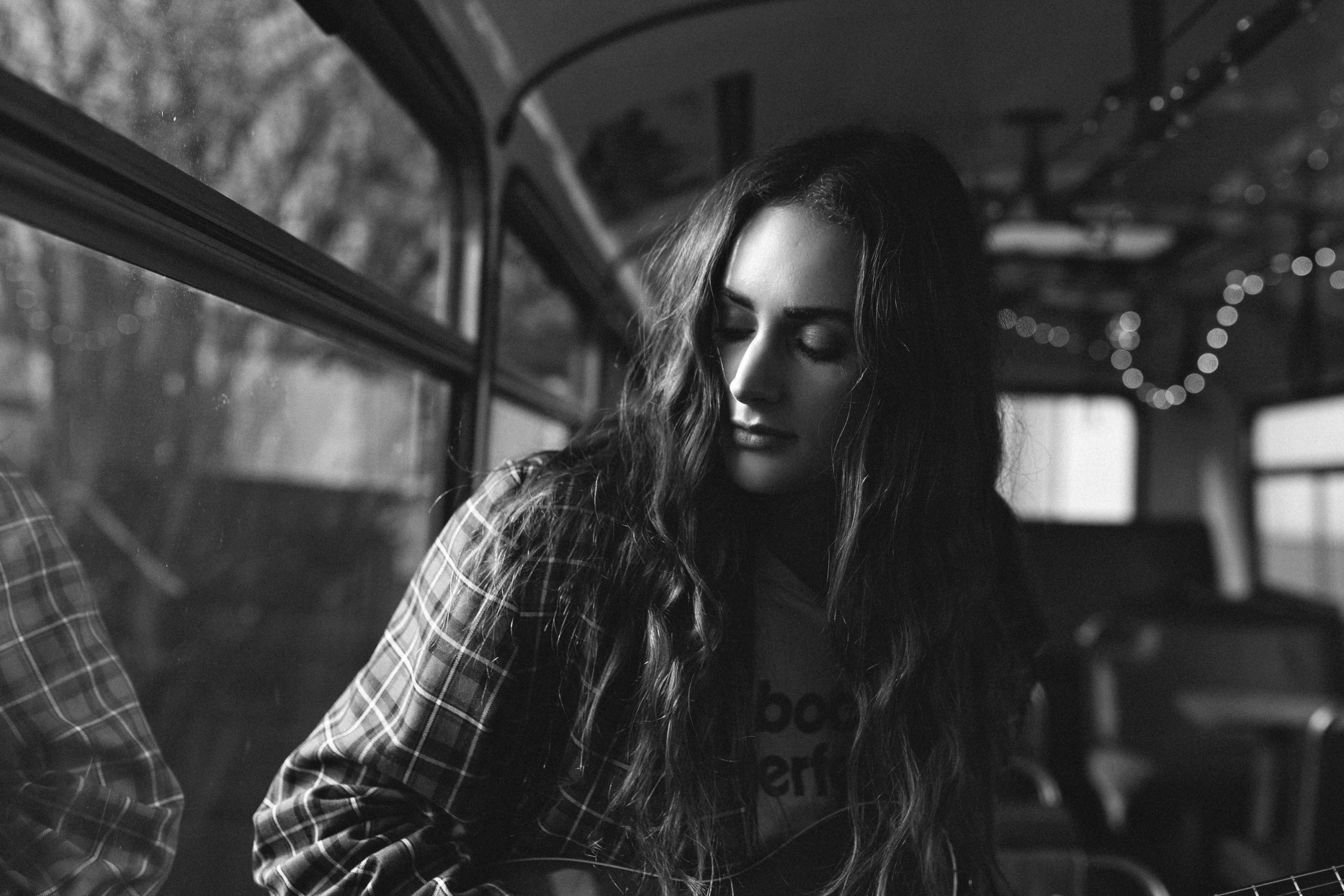 musician-woman-lasca-siida-photography-hobart-portrait.jpg